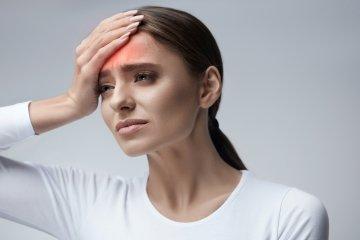 Látászavar, zsibbadás a fejfájás alatt? Ezt lehet tenni az aurás migrénnel