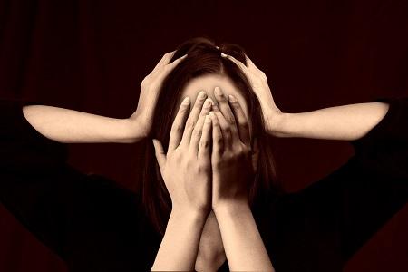 a látás miatt fejfájása lehet